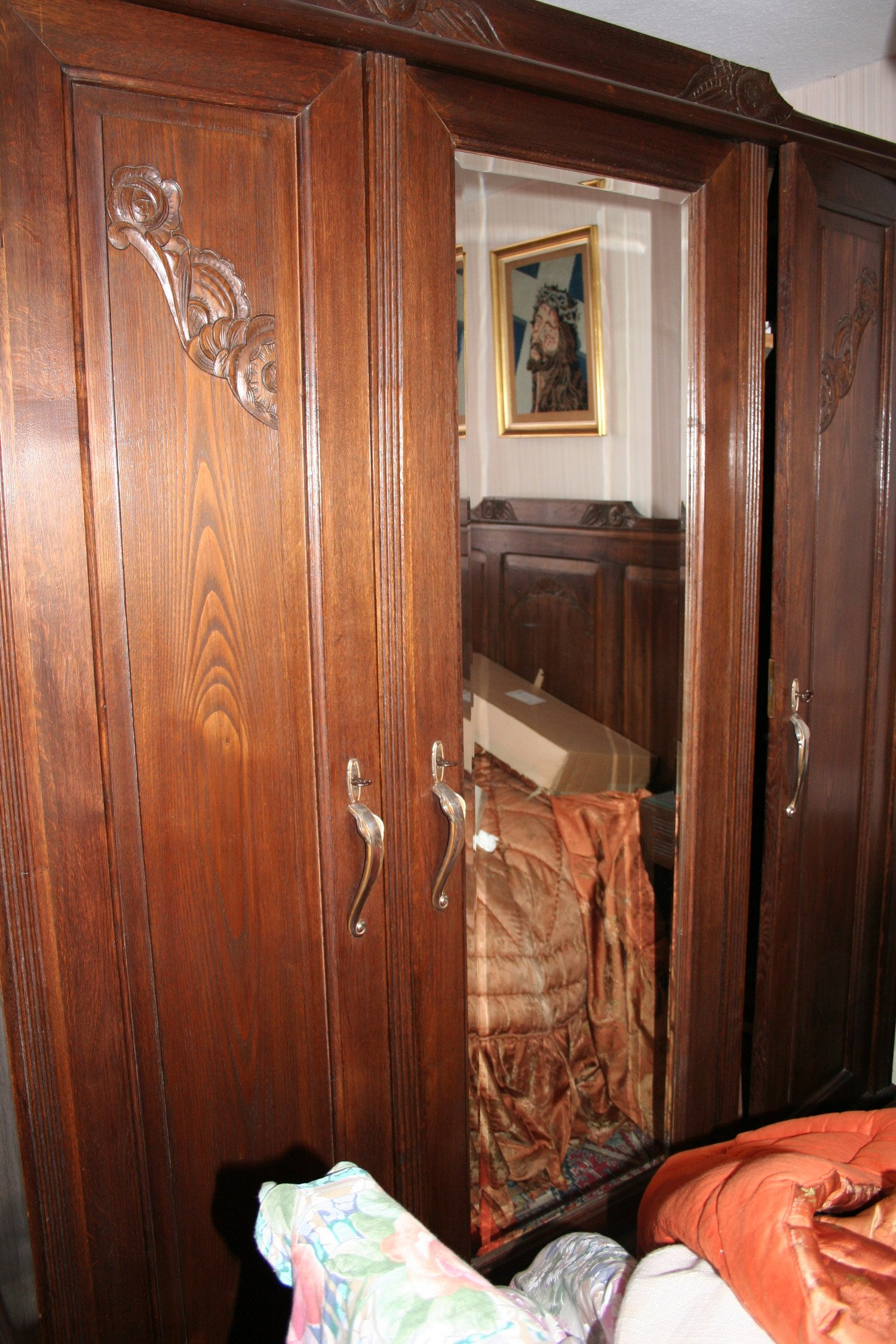 vente de meubles armoire bois ch ne massif 3 portes avec. Black Bedroom Furniture Sets. Home Design Ideas