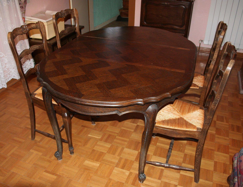 Vente de meubles table bois massif ronde et deux for Table et chaise en bois massif